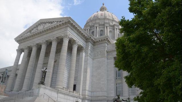 Missouri Senators Weigh in on Order to 'Ban the box'