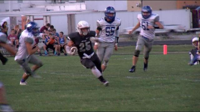 Marionville_At_Strafford_25 gets a 16 Yeard Run for First Down_1441417251466.jpg