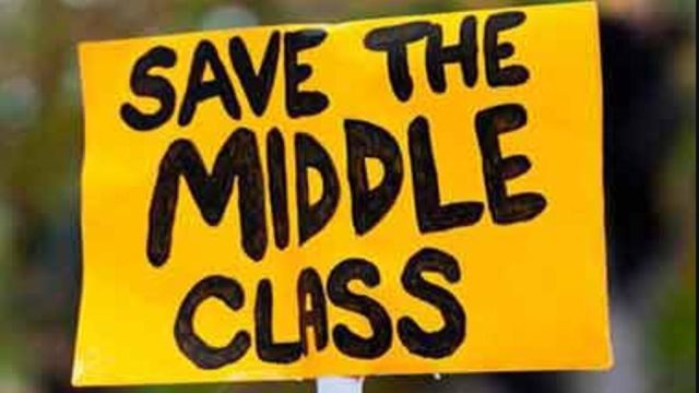 5 Signs You're No Longer Middle Class