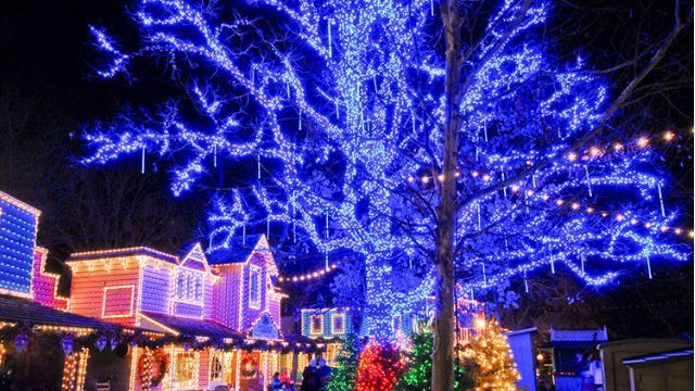 silver dollar city among 7 best places to see christmas lights in us